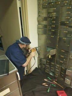 safe-locksmith-chicago-il.JPG